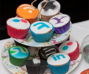 social-tools-cupcakes