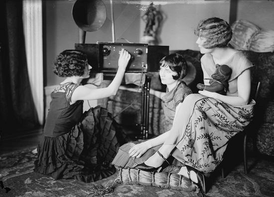 celebrating-national-radio-day